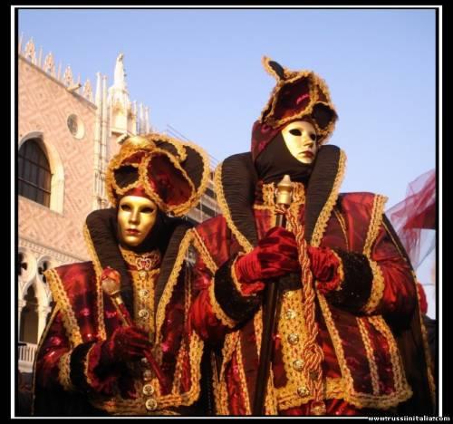 """Венецианский Карнавал. Фото Елены Боднар© """"Русские в Италии"""""""