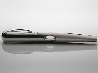 Перьевая ручка Bugatti. Фото компании Ferrari da Varese